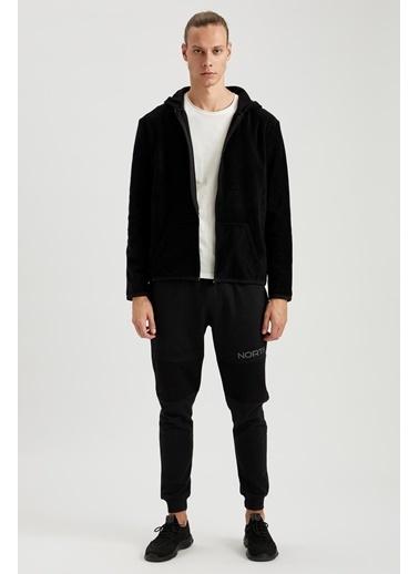 Defacto –Fit Kapüşonlu Fermuarlı Spor Polar Sweatshirt Siyah